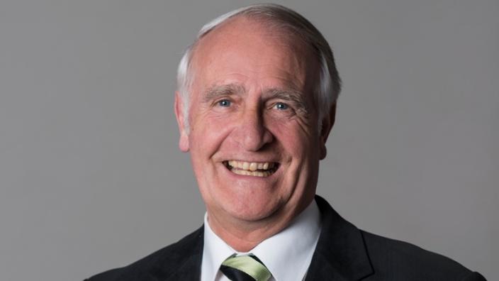 Dr. Hans-Dieter Fischer